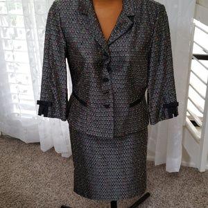 Jessica Howard size 14p jacket & skirt